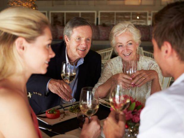 Якщо відносини дівчини і хлопця переросли у серйозні стосунки, то з часом прийде момент, коли потрібно його познайомити з батьками.