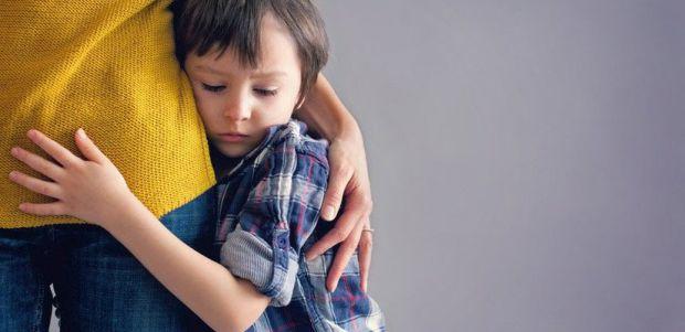 Іноді батьки не одразу помічають (розуміють), що їх син чи дочка переживають стресові ситуації, відтак маля не отримує вчасно допомогу і не знаходить