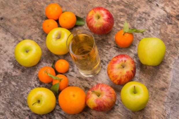 Під час дієти вагітним часто доводиться обмежувати себе як в їжі, так і в напоях.