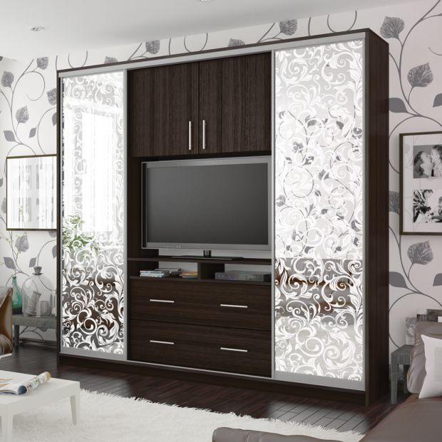 Если вы решили затеять ремонт или просто обновить вещи в квартире и в том числе мебель, то из материала вы узнаете, какой лучше выбрать шкаф-купе, что