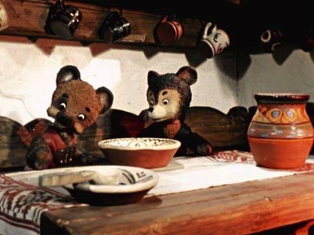 Про двох жадібних ведмежат і хитру шахрайку Лисицю, яка допомогла ведмежатам розділити головку сиру.У підсумку ошукані ведмежата залишаються ні з чим.