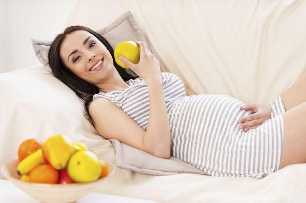 Вчені з Університету Криту в Греції спостерігали за 26 тисячами вагітних жінок в Європі та США. Потім учасниць дослідження опитували про стан здоров'я