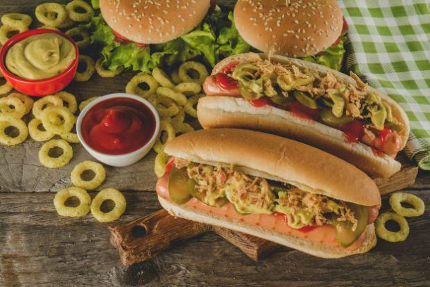 9714_cachorroquente-hamburguer.jpg (56.38 Kb)