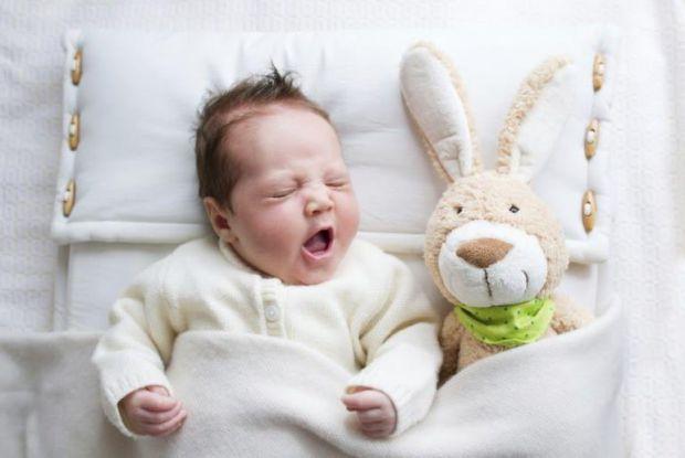 Вашому малюку скоро один рочок, а ви ще досі не знаєте, скільки повинен спати малюк - тоді читайте у нашому матеріалі.