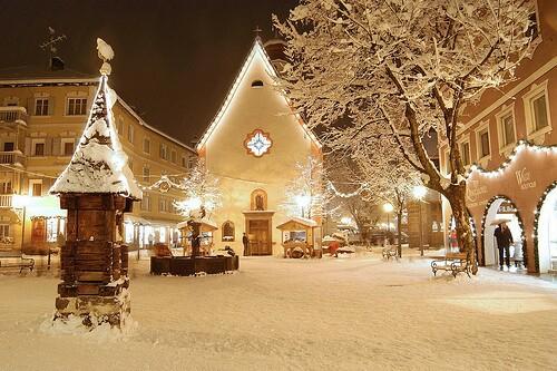 9755_christmas-christmas-eve-chur.jpg (195.4 Kb)