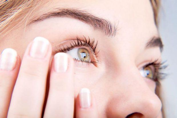 Зазвичай, часта проблема очей, це коли на очах запалюється слизова оболонка. Залежно від характеру кон'юнктивіт буває гострий і хронічний. Залежно від