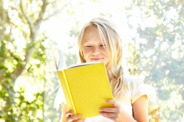 Не дивина, що школярам задають на літо домашнє завдання. Дітям треба прочитати велику кількість книг і т.д. Але чи потрібно додатково займатися влітку