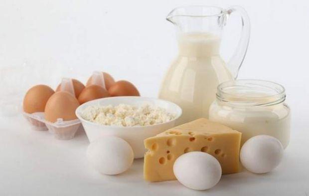 Співробітники Університету Макмастера встановили: три порції молочних продуктів вдень дозволяють скоротити ризик серцево-судинних захворювань і передч