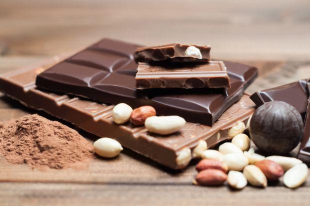 Американські дієтологи стверджують, що вживати шоколад під час дієти можна.