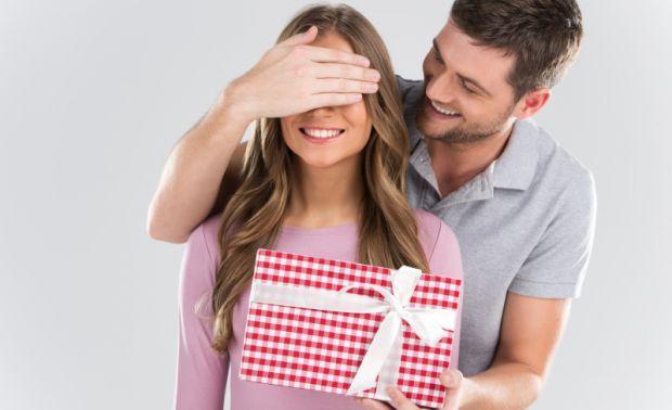 Вскоре пройдут два самых романтических праздники, особенно для женщин: День Святого Валентина и 8 марта. Мужчинам нужно тщательно подготовиться к этим