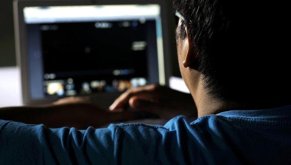 Соціологи вирішили дослідити, чому насправді чоловіки так багато часу проводять за комп'ютером. І вияснили дещо цікаве.