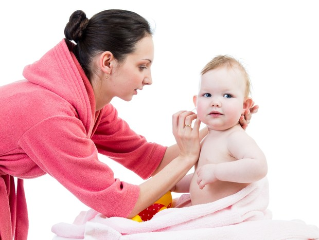 Не бійтеся підходити до немовляти