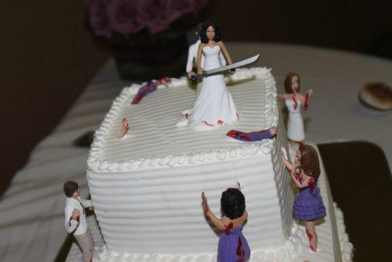 Весільний торт - не лише один з обов'язкових елементів весільного меню. Це річ, яка додасть у Ваше весілля ще більше романтики та любовного трепету. А