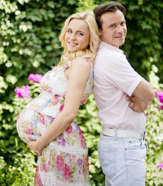 Ці теледіви настільки закохані в свою роботу, що навіть під час вагітності активно працювали. Вони не сходили з телеекранів і продовжували нас милуват