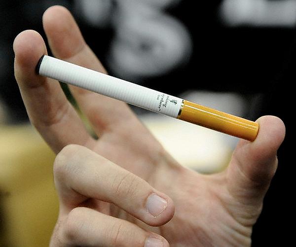 Кожна викурена сигарета - цв'ях у людському серці та легенях.Де взяти силу волі, щоби кинути палити?