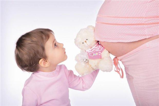 В штаті Пенсильванія ухвалили незвичний закон, який забороняє торкатись вагітних жінок.