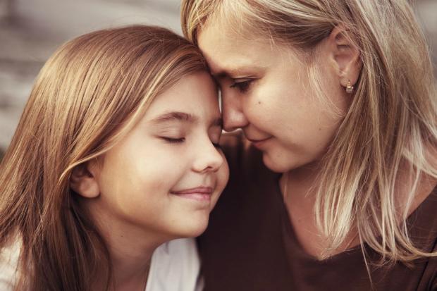 Щоб донечка виросла у любові та комфорті, забудьте про ці типові помилки! Повідомляє сайт Наша мама.