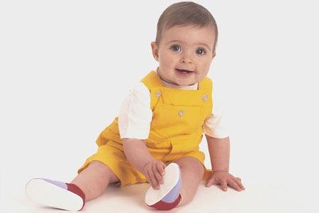 Захворювання та нездужання малюків до 1 року викликають дуже сильне хвилювання у батьків, адже малюк ще нічого не може розповісти.