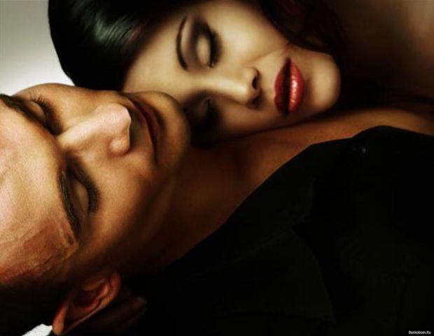 Усім відомо, що при поганому настрої і бажання до інтиму немає. Не те, що бажання, навіть думки про секс далеко не завжди з'являються у період депресі