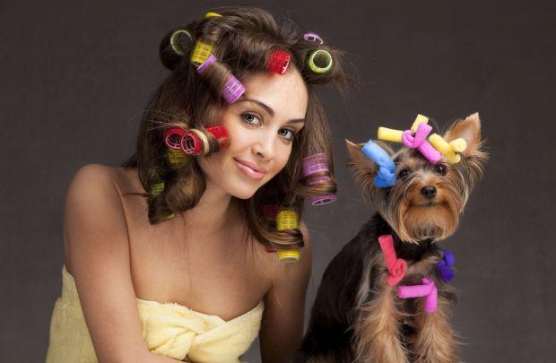 Ця зачіска підійде не тільки маленьким принцесам, у яких довге та кучеряве волосся, а й старшим дівчатам.