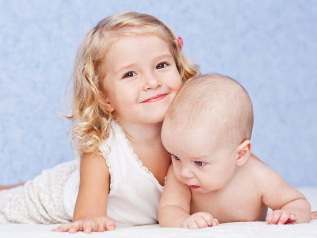 Психологи, провівши ряд досліджень, дійшли висновку, що старші сестри більш успішні у дорослому житті, ніж їх молодші братики чи сестрички.
