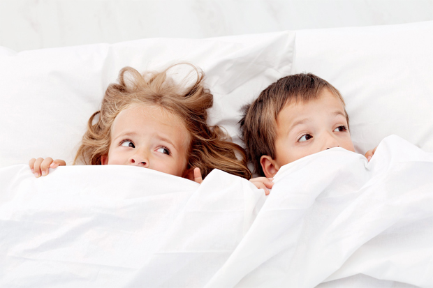 Страшний сон може вивести з колії навіть дорослого, що вже говорити про дитину? Як допомогти малюкові абстрагуватися?