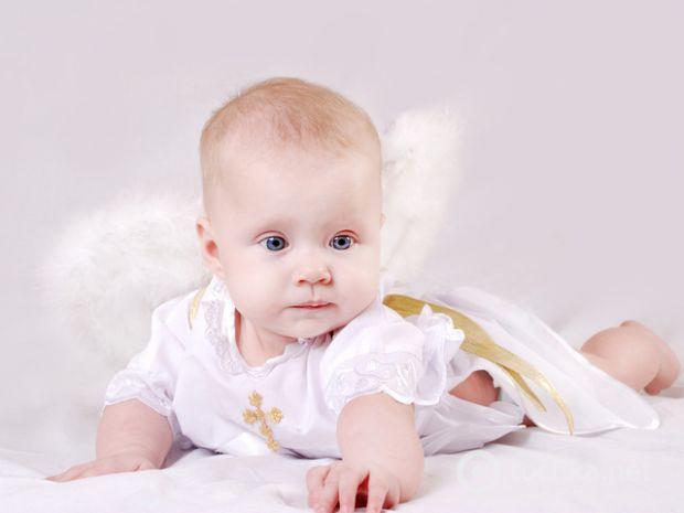 Сьогодні для багатьох хрещення не несе такого характеру та значущості, якої надавалось цьому таїнству ще в ті часи, коли ми з вами були маленькими.Хре