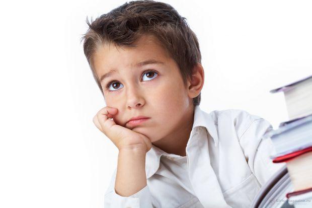 Чому дитина вчиться не так добре, як тобі хотілося б? Причиною може бути не тільки лінь. З'ясуй в чому справа і допоможи впорається з ситуацією!
