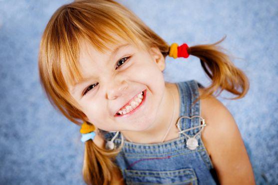 Для дівчаток зачіска - це особливий ритуал. У дівчаток смак будується до трьох років.