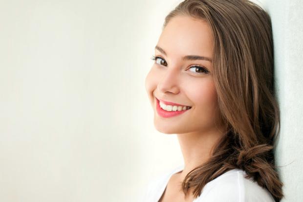 Многие женщины ломают голову над вопросом, как же оставаться юной и молодой как можно дольше. Искать эликсир молодости вам не придется, ведь все самые