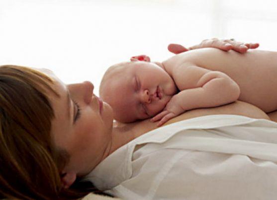 Фахівці назвали найбільш ефективний і швидкий спосіб скинути зайву вагу після вагітності.