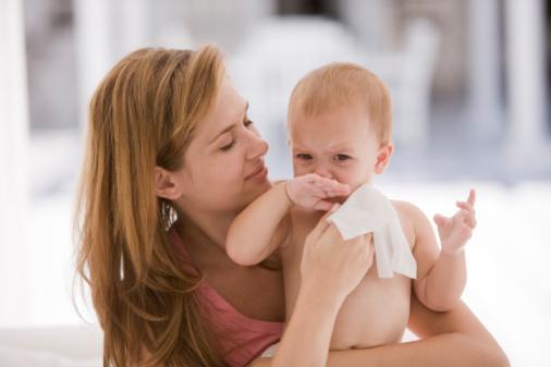 Часто батьки намагаються зробити неможливим контакт дитини з мікробами, а це, як запевняють медики, негативно відбивається на імунітеті малюка, та нав