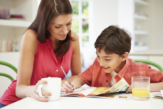 Тому не варто кричати на дітей через погані відмітки. Повідомляє сайт Наша мама.