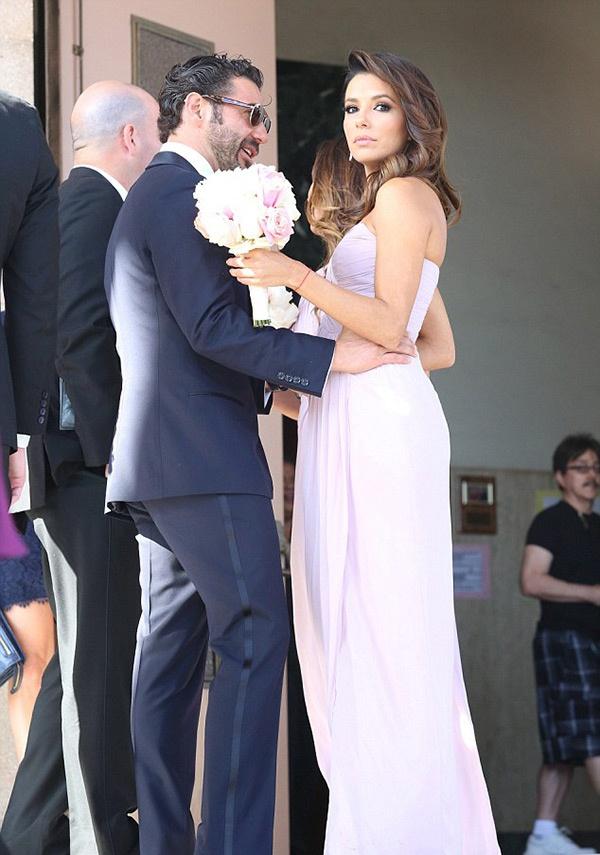 eva-longoria-wedding-5_blog.jpg (133.78 Kb)