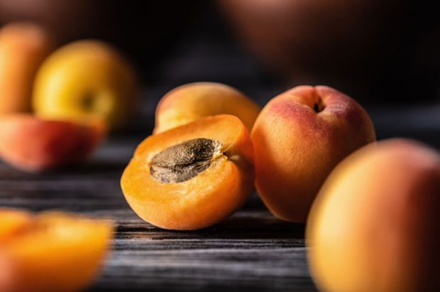 Чому варто включити цей фрукт у раціон малюка?
