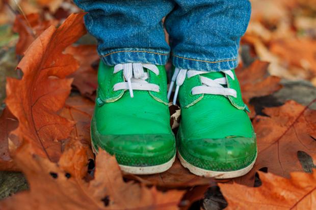 Щоб дитині не натирало та не тисло взуття, а ніжка дихала, - надамо вам кілька порад щодо дитячого взуття! На сайті Наша мама ви знайдете завжди цікав