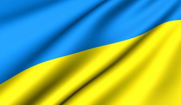 Сьогодні всі небайдужі намагаються будь-яким чином висловити свою підтримку Україні. Модні дизайнери не залишилось байдужими. У колекціях модних тренд