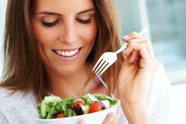 Основа комплексного харчування - різноманітність і часті прийоми їжі.