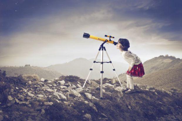 Кто из нас в детстве не мечтал стать космонавтом? Наверное, у большинства все же проскакивала такая мысль. Ведь это так завораживает: звезды, небо, пл