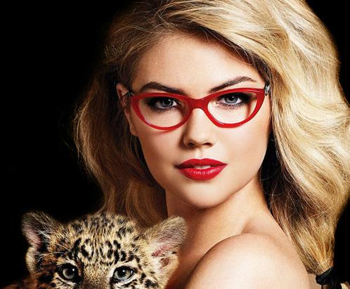Окуляри для багатьох чоловіків - невід'ємний атрибут еротичних фантазій. Саме так! Висока шпилька, панчохи, спідниця з розрізом... І окуляри.