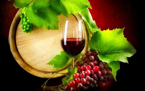 Вчені переконують, якщо щодня випивати невелику кількість вина, організм буде надійно захищений від інфекцій.
