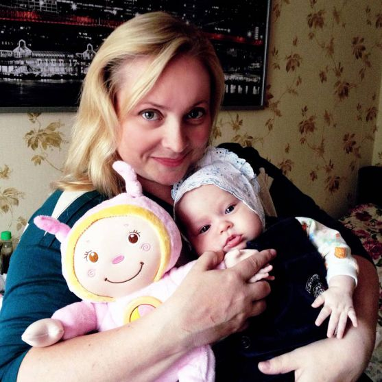 Маленька донечка Світлани Пермякової на деякий час отримала нових батьків - невгамовного лікаря Бикова та його кохану Анастасію Кісєгач.