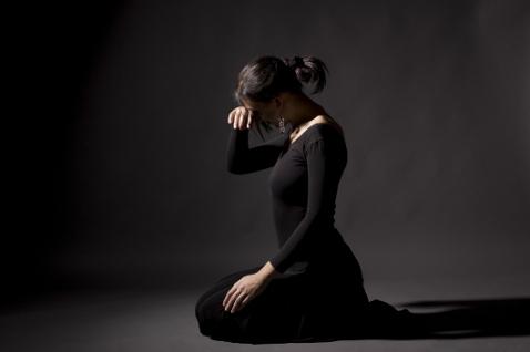 Період весни характерний частими перемінами настрою та депресіями.Наш психолог Ірина Лебєдь розповість, як бути в ситуації, коли тобі