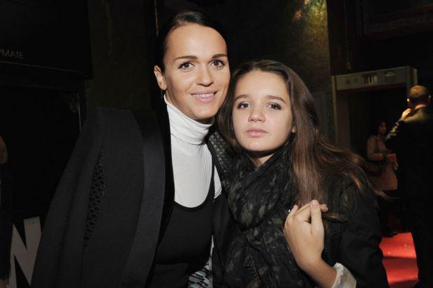 33-річна співачка Слава готується відсвяткувати 15-річчя своєї доньки. Як виявилося, юна Олександра - не тільки розумниця, але і красуня!