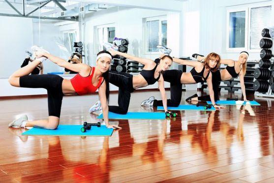 Інструктор у відео розповість вам про прості функціональні способи накачати найбільші групи м'язів.