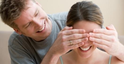 Незважаючи на усі застереження, життя в шлюбі має свої переваги, що стали ще більш очевидними після дослідження, проведеного фахівцями.