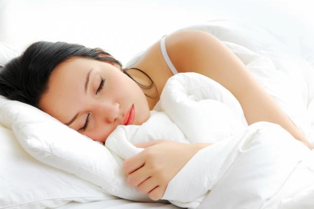 8 годин - ось скільки має спати кожна жінка. Повідомляє сайт Наша мама.