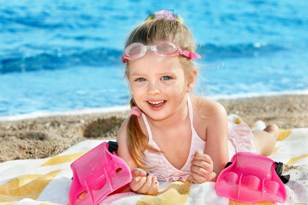 Уже совсем скоро придет лето, а вместе с ними, летние каникулы. В это время наши дети не только отдыхают от школы, а набираются сил, энергии и иммунит
