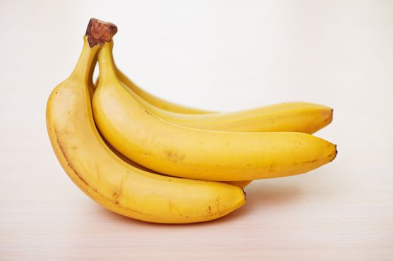 Британські вчені зробили нове відкриття. На цей раз вони дізналися, що вживання бананів, а також деяких інших продуктів, під час вагітності впливає на