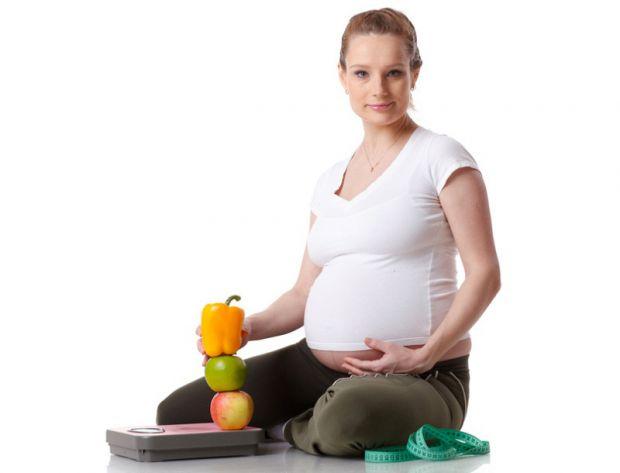 Матуся, яка вже вдруге чекає на появу малюка, розповідає про власний досвід у наборі ваги під час вагітності.Як під час вагітності залишатися стрункою